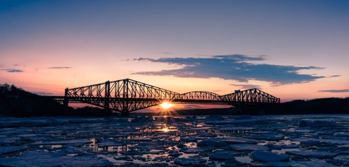 How to Incorporate a Business at Quebec